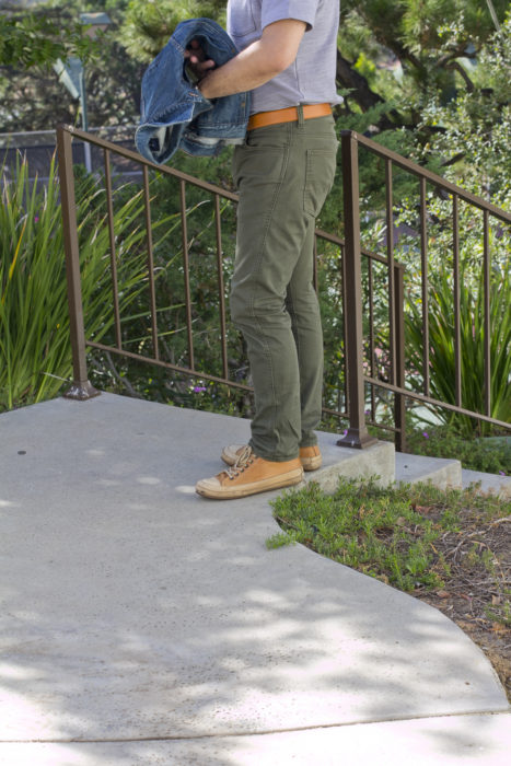 mens-hike-outfit-shoes