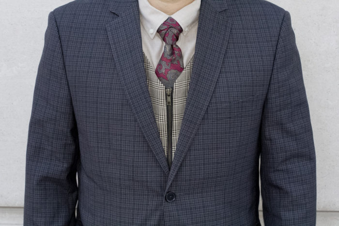 patterns-coat-tie-mensstreetstyle-closeup