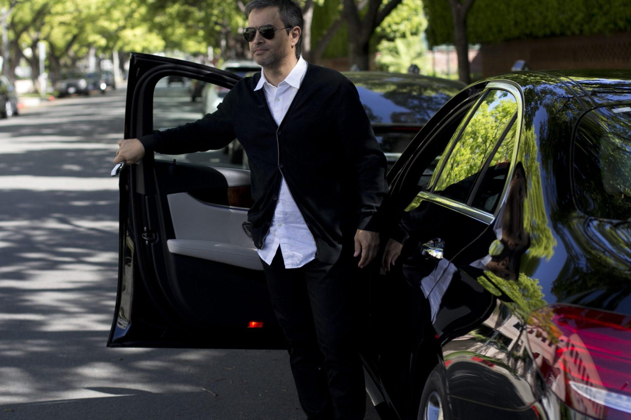 Mercedes Benz car blogger outfit