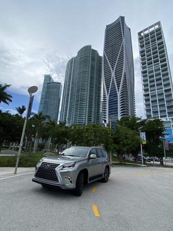 Lexus-GX-460-Luxury-1080