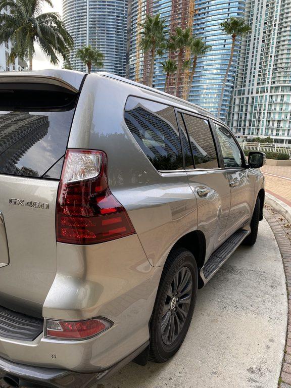 Lexus-GX-460-Luxury-right-bumper-1080