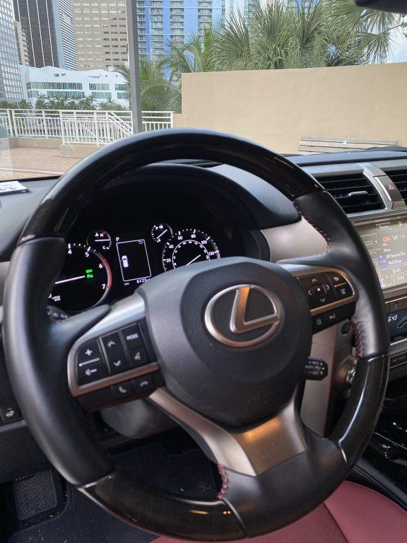 Lexus-GX-460-Luxury-steering-wheel-1080